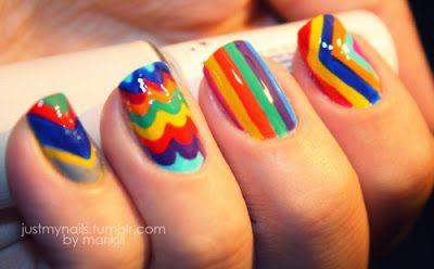 Colores vibrantes con formas diferentes: amarillo, verde, rojo, celeste, azul y violeta