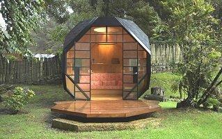 casa habitable poligono poliedrica naturaleza metal madera